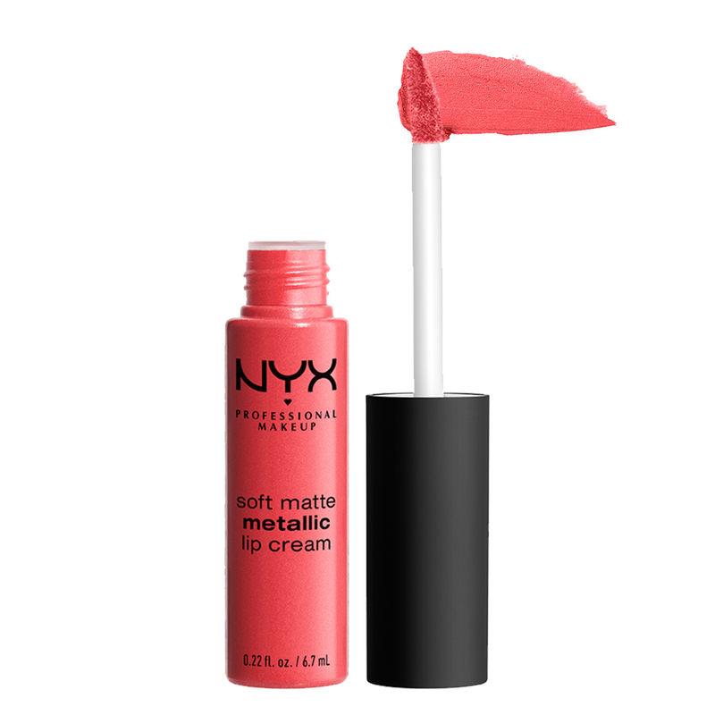 NYX Professional Makeup Soft Matte Metallic Lip Cream - Manila
