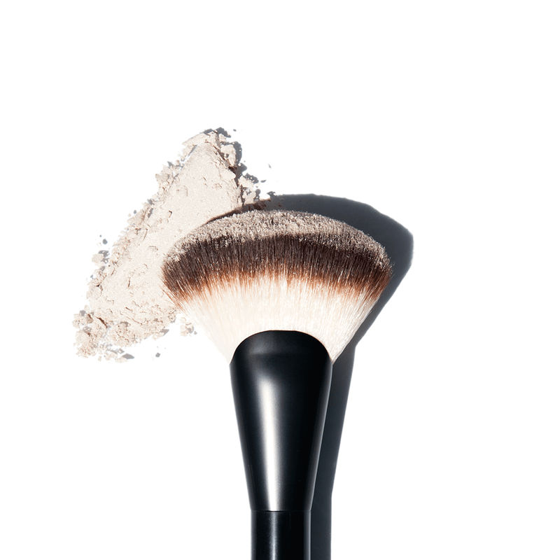NYX Professional Makeup Pro Fan Brush