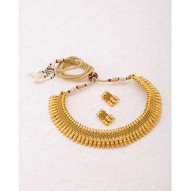 4d9f5ef51 Voylla Gracious Gold Plated Sanskriti Necklace Set